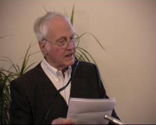 Ib Spang Olsen holder takketale for Modersmål-Prisen 2002