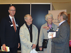 Professor Erik Hansen og frue gæstede standen