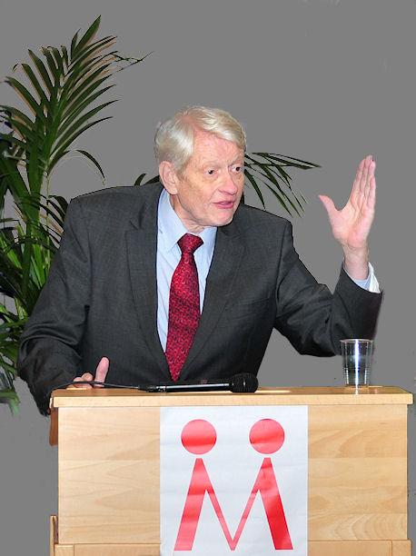Jesper Klein parodierer dårlig dansk ved præsentationen Modersmål-Selskabets årbog for 2010